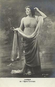 Mary Garden photographed in a role at the Theatre National de l'Opéra-Comique in Paris