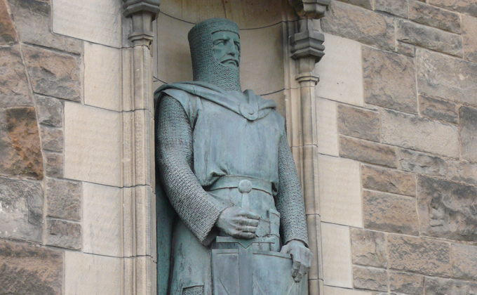 The statue of William Wallace at Edinburgh Castle