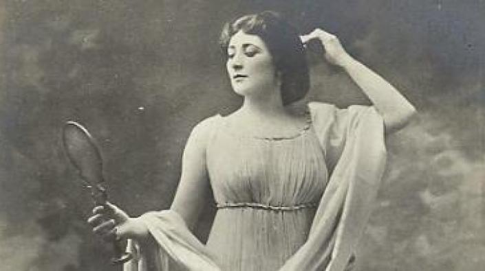 Detail of a photograph of Mary Garden in a role at the Theatre National de l'Opéra-Comique in Paris