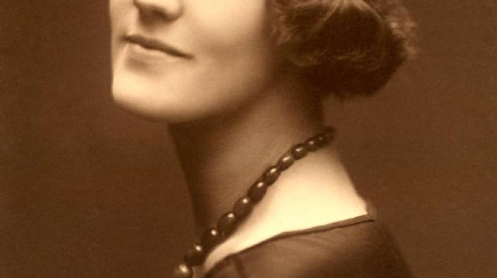 Photograph of unknown lady